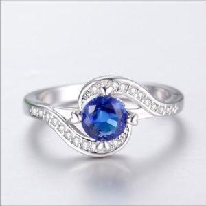 Very Pretty Silver Ring